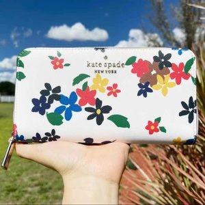 Kate Spade ♠️ Floral Zip-Around Wallet
